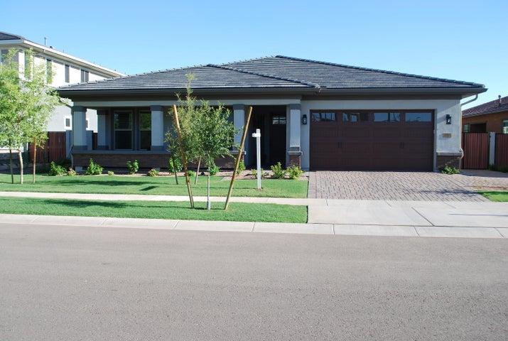 2943 E AUSTIN Drive, Gilbert, AZ 85296