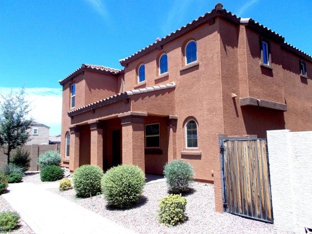 2240 S PONDEROSA Drive, Gilbert, AZ 85295