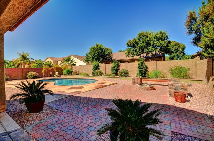 13002 W CAMPBELL Avenue, Litchfield Park, AZ 85340