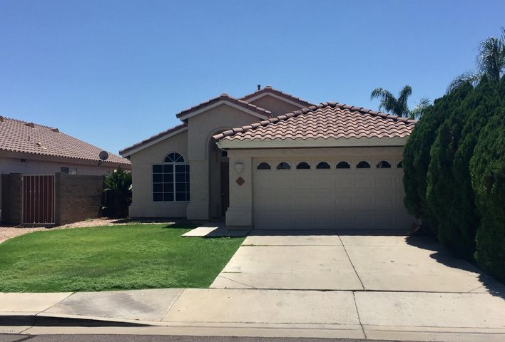 511 W SAN ANGELO Street, Gilbert, AZ 85233
