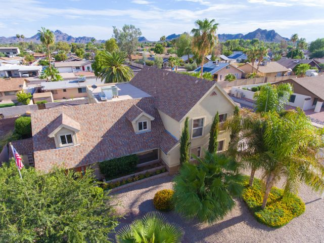 2801 E LARKSPUR Drive, Phoenix, AZ 85032