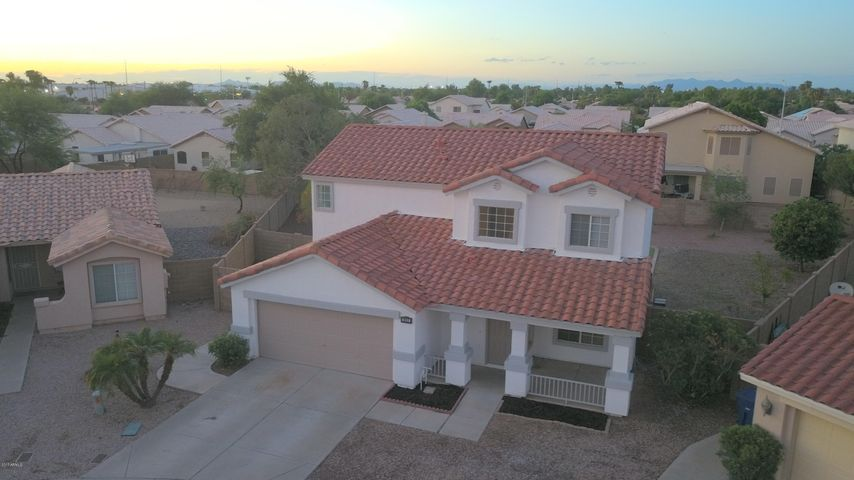 892 N CROSSBOW Court, Chandler, AZ 85225
