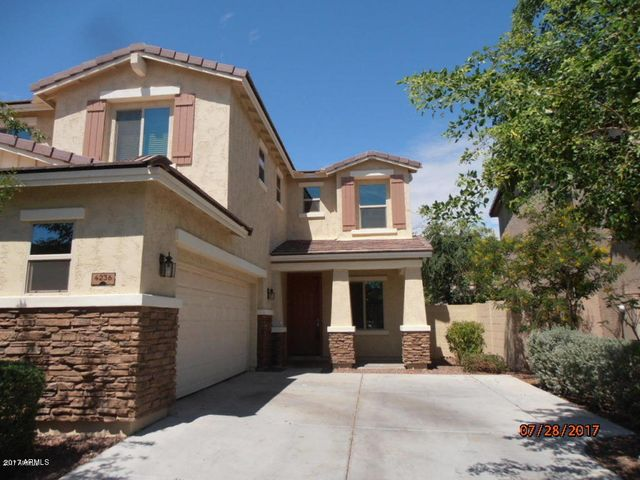 4236 S RED ROCK Street, Gilbert, AZ 85297