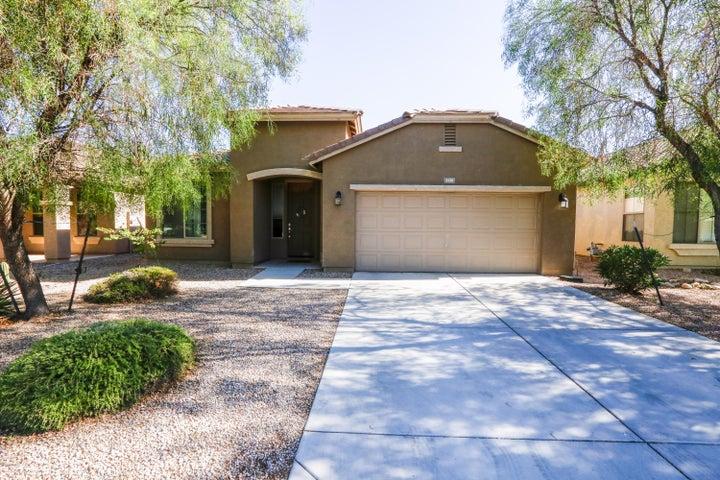 1129 W DESERT HOLLOW Drive, San Tan Valley, AZ 85143