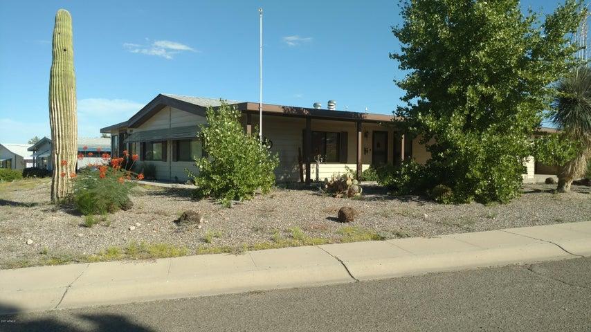 2105 W Smoketree Drive, Wickenburg, AZ 85390
