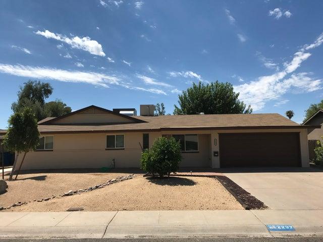 2237 E KAREN Drive, Phoenix, AZ 85022