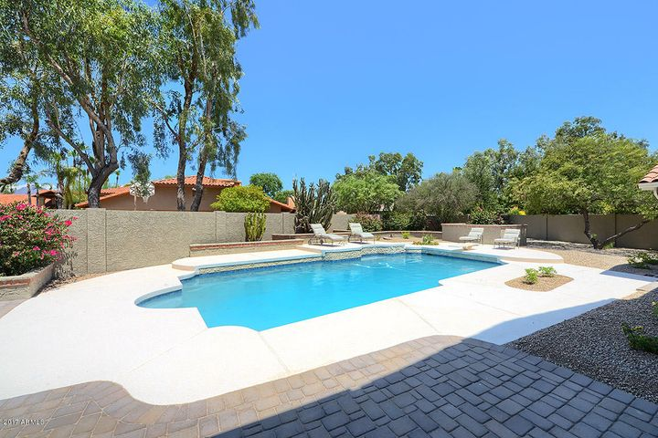 Fabulous Just Remodeled Single Level Home in Beautiful Scottsdale Ranch