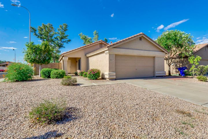 1837 E CARLA VISTA Drive, Chandler, AZ 85225