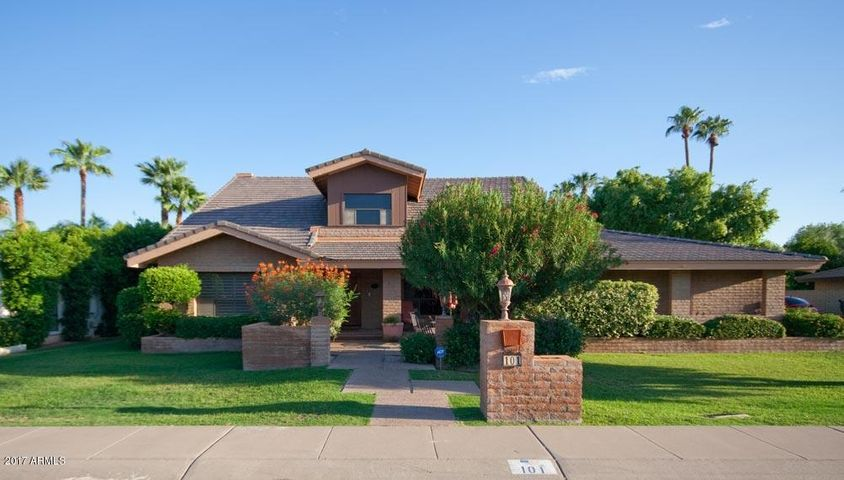 101 E LINGER Lane, Phoenix, AZ 85020