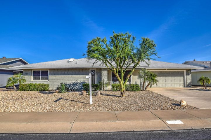 19621 N WILLOW CREEK Circle, Sun City, AZ 85373
