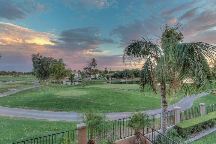 1950 W PENINSULA Circle, Chandler, AZ 85248