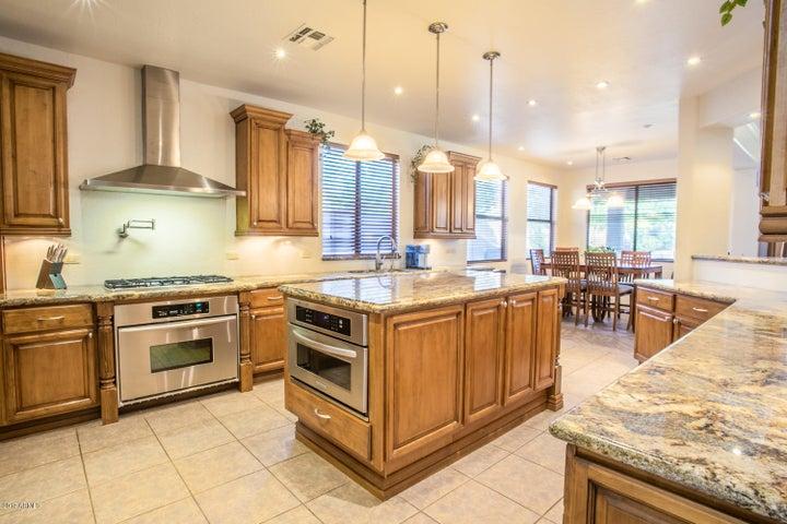 10341 E IRWIN Avenue, Mesa, AZ 85209