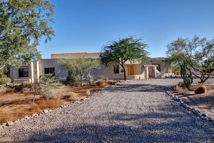 6239 E MONTGOMERY Road, Cave Creek, AZ 85331