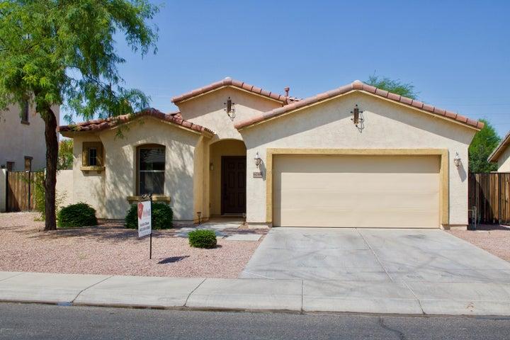 6746 S SETON Avenue, Gilbert, AZ 85298