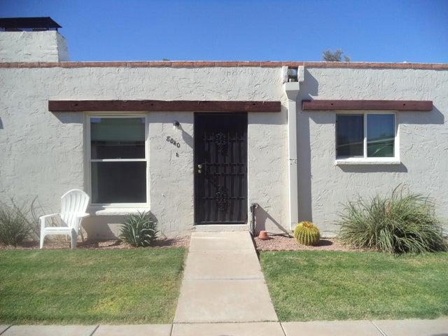8040 E OAK Street, Scottsdale, AZ 85257