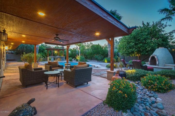 8520 E SAN LORENZO Drive, Scottsdale, AZ 85258