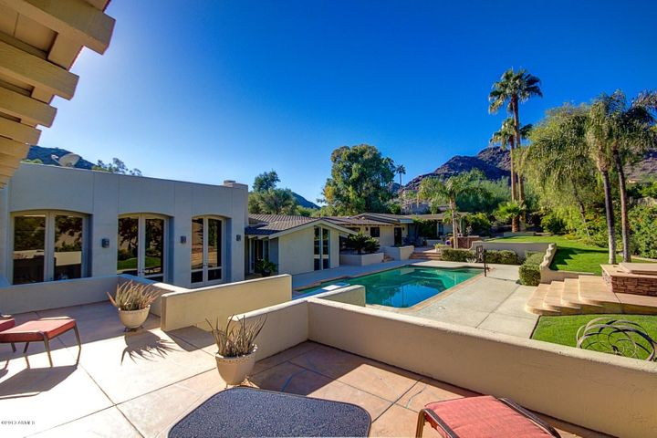 7223 N BLACK ROCK Trail, Paradise Valley, AZ 85253