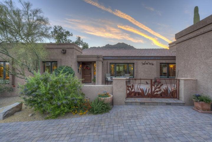 2202 N Sagebrush Lane, Carefree, AZ 85377