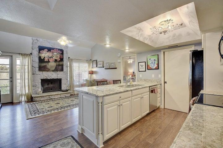 633 W SOUTHERN Avenue, 1109, Tempe, AZ 85282