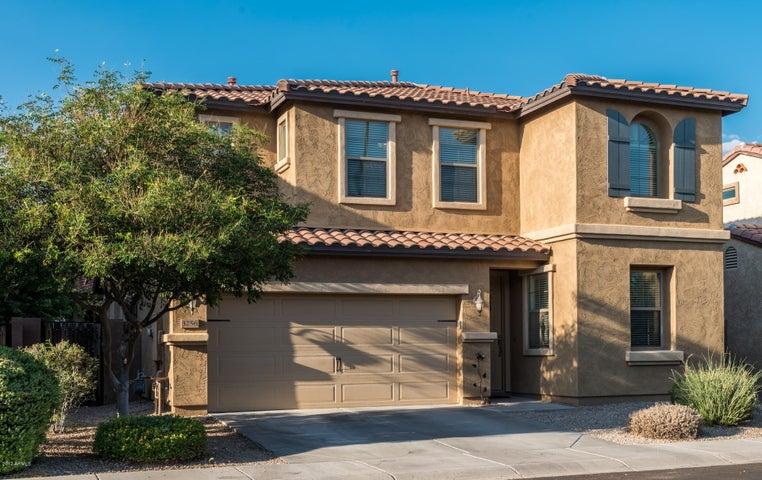 3256 E MEADOWVIEW Drive, Gilbert, AZ 85298