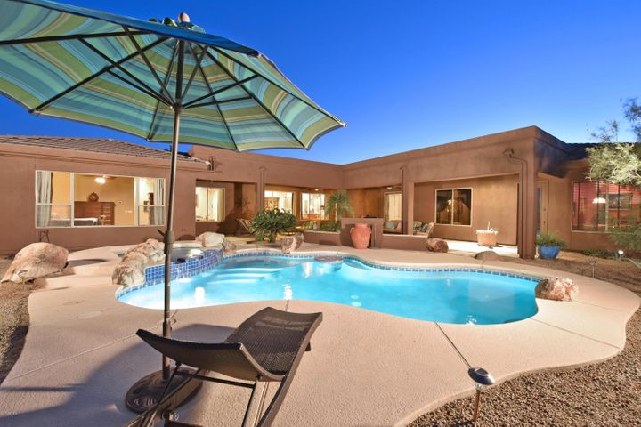 11334 E PINON Drive, Scottsdale, AZ 85262