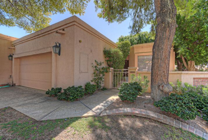 10055 E CINNABAR Avenue, Scottsdale, AZ 85258