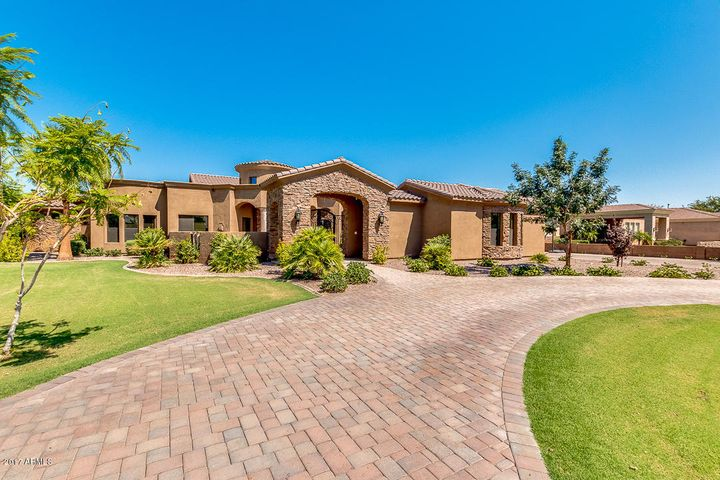 2738 E VISTA VERDE Court, Gilbert, AZ 85298
