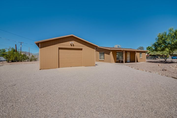 2892 W 5TH Avenue, Apache Junction, AZ 85120