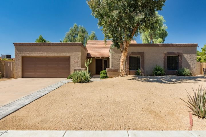 15802 N 52ND Place, Scottsdale, AZ 85254