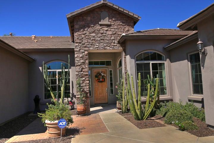 4934 W LARIAT Lane, Phoenix, AZ 85083