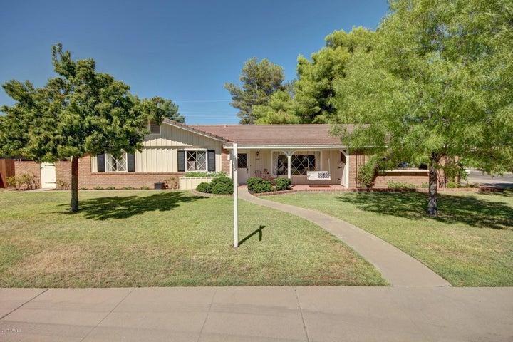 1002 W. Glenn---your new home!