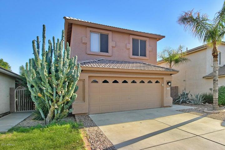 4721 E SILVERWOOD Drive, Phoenix, AZ 85048