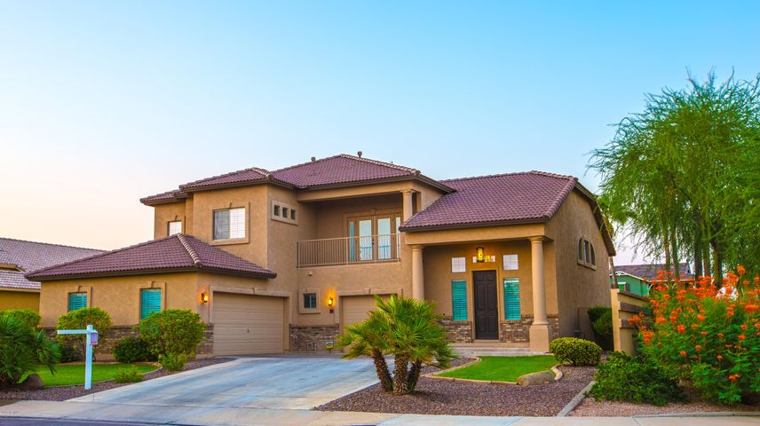 3719 E LOMA VISTA Street, Gilbert, AZ 85295