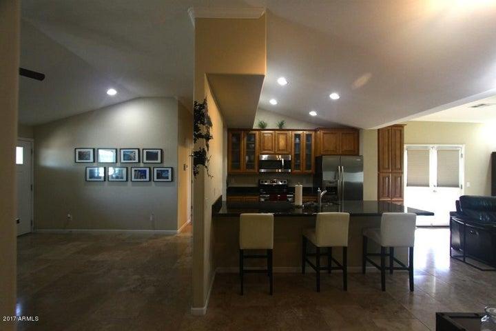 4123 E Campbell Avenue, Phoenix, AZ 85018