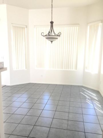 3836 W Park View Lane, Glendale, AZ 85310