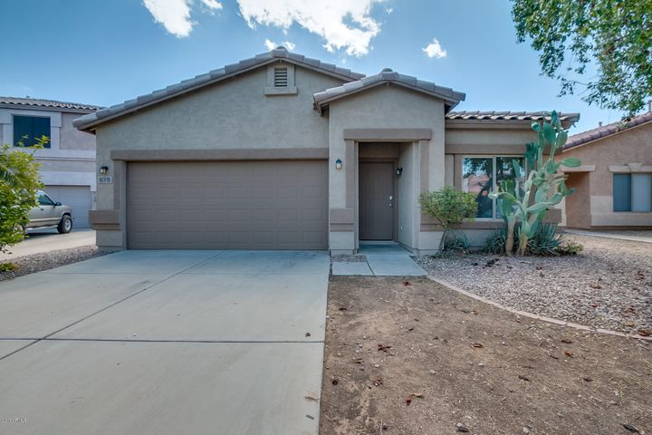 679 E RENEGADE Place, San Tan Valley, AZ 85143