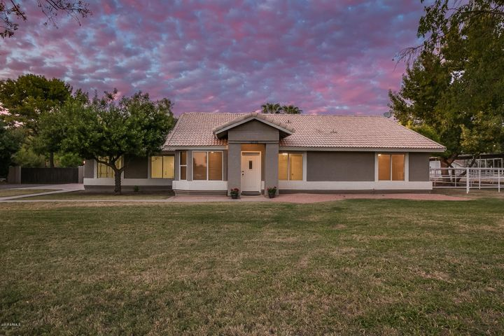 12738 E VIA DE ARBOLES Road, Chandler, AZ 85249