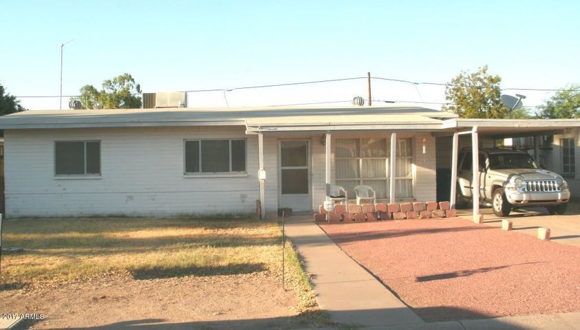 RANCH STYLE HOME CENTRALLY LOCATED