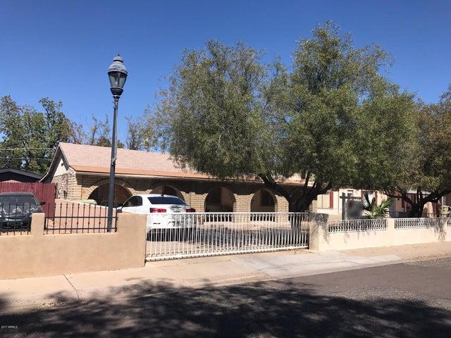 5820 W GARDENIA Avenue, Glendale, AZ 85301