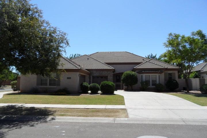 2997 E WASHINGTON Avenue, Gilbert, AZ 85234