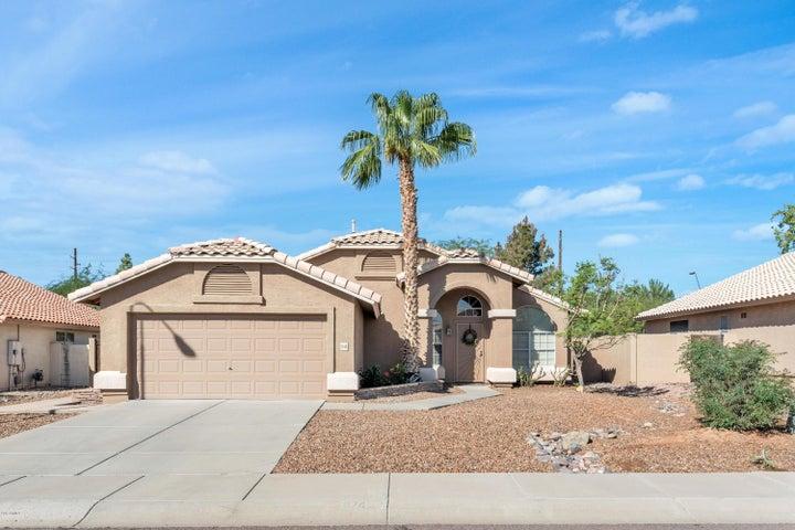 9746 S Darrow Drive, Tempe, AZ 85284