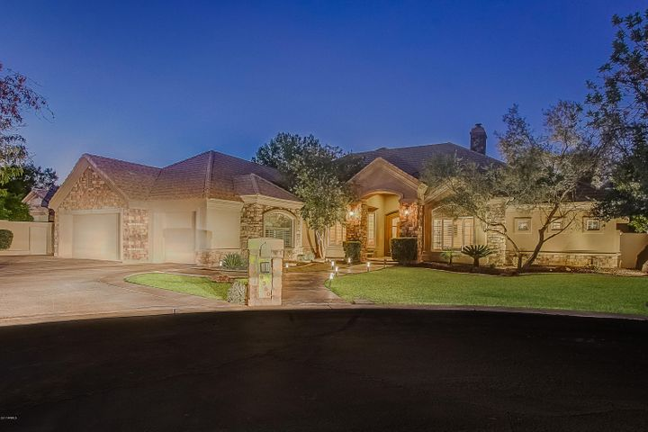 8360 S HOMESTEAD Lane, Tempe, AZ 85284