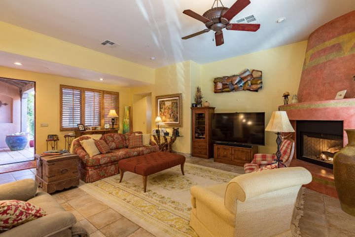 7423 E GOLDEN EAGLE Circle, Gold Canyon, AZ 85118