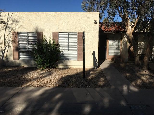 2326 W CARSON Drive, Tempe, AZ 85282