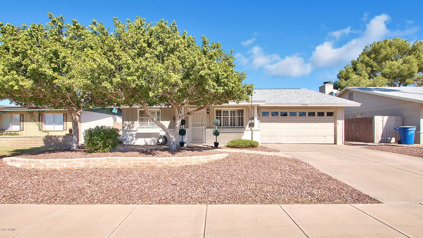 2328 E MANHATTON Drive, Tempe, AZ 85282