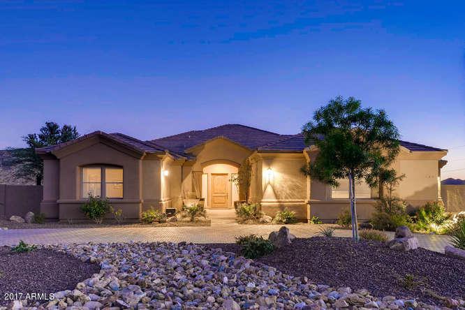 101 E SABROSA Drive, New River, AZ 85087