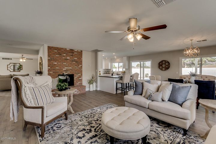6042 E WILSHIRE Drive, Scottsdale, AZ 85257