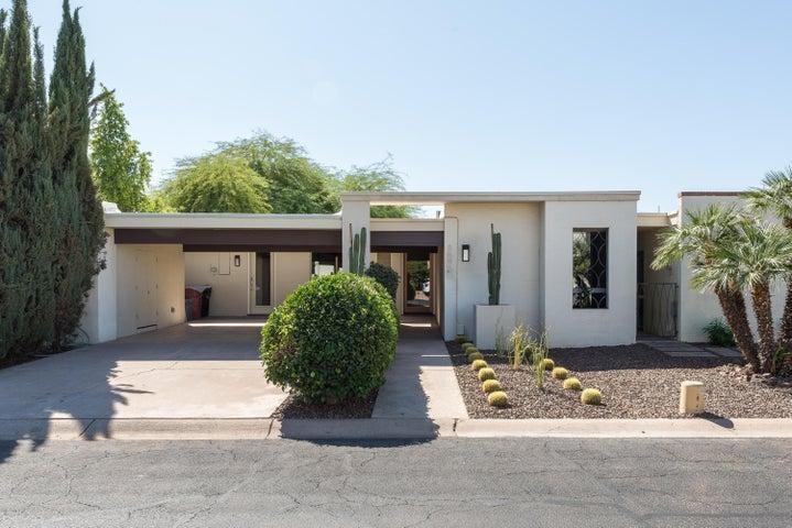 8645 E MONTEROSA Avenue, Scottsdale, AZ 85251