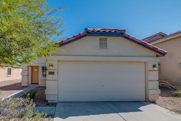22271 W MESQUITE Drive, Buckeye, AZ 85326
