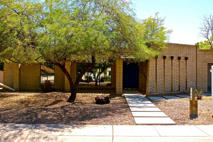 3545 E NORTH Lane, Phoenix, AZ 85028